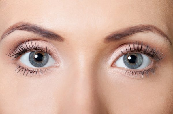 get droopy eyelid surgery